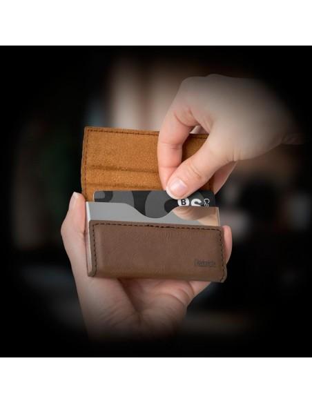 Porta carte di credito colore marrone - Hédoniste by Balvi