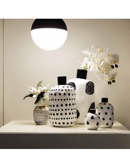 Vaso bottiglia porcellana pois neri h 30 cm - PUNTINISMO by rituali domestici