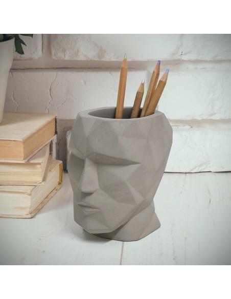 Portapenne testa in cemento grigio h 12 cm - THE HEAD by Balvi