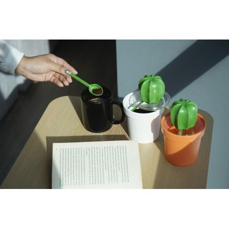 Contenitore con cucchiaino 2 alternative di colore - CACNISTER by Qualy